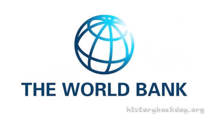 ธนาคารโลก กล่าวว่ามีคนยากจนมากถึง 150 ล้านคน ผู้คนมากถึง 150 ล้านคนอาจตกอยู่ในความยากจนขั้นรุนแรงโดยใช้ชีวิตน้อยกว่า 1.90 ดอลลาร์