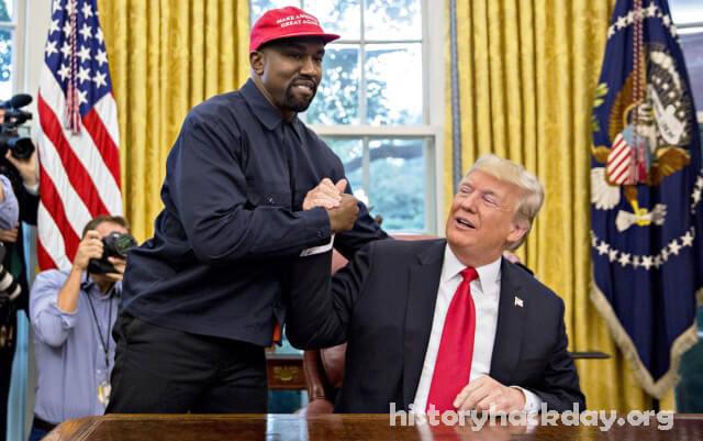คานเย่น เวสต์ พบกับโดนัลด์ทรัมป์ในแผนสำหรับคนผิวดำ การพบกันระหว่างประธานาธิบดีและแร็ปเปอร์เกิดขึ้นที่รีสอร์ท Trump National Doral Miami