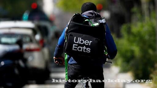 ธุรกิจจัดส่งอาหาร ของ Uber มีความโดดเด่นเหนือกว่าบริการหลัก ธุรกิจจัดส่งอาหารของ Uber ทำรายได้ในช่วงไตรมาสที่สามมากกว่าธุรกิจรถโดยสาร