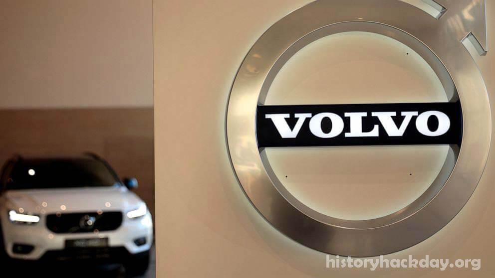 Volvo จะผลิตเฉพาะรถยนต์ไฟฟ้า ภายในปี 2573 วอลโว่ระบุว่าจะผลิตเฉพาะรถยนต์ไฟฟ้าภายในปี 2573 แต่ถ้าคุณต้องการรถยนต์คุณจะต้องซื้อทางออนไลน์