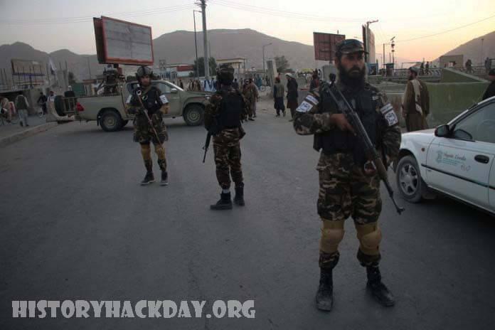 ตอลิบานจับกุม 4 สมาชิกไอเอส ทางเหนือของเมืองหลวงอัฟกานิสถาน กลุ่มตอลิบานจับกุมสมาชิกรัฐอิสลาม 4 คนทางตอนเหนือของเมืองหลวงอัฟกานิสถาน
